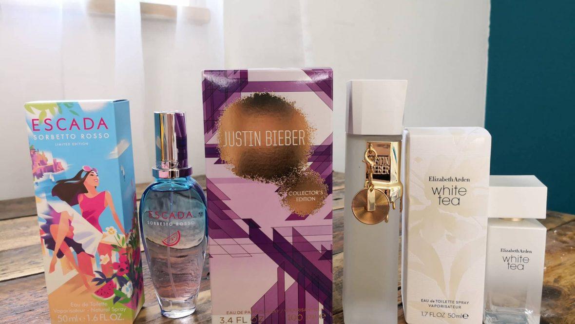 522ea86299e Mul oli mingi periood, kus ma ostsin endale hunnikutes erinevaid parfüüme  kokku. Lõpuks oli neid nii palju, et ma andsin suure hunniku ära – ega  kõiki ...