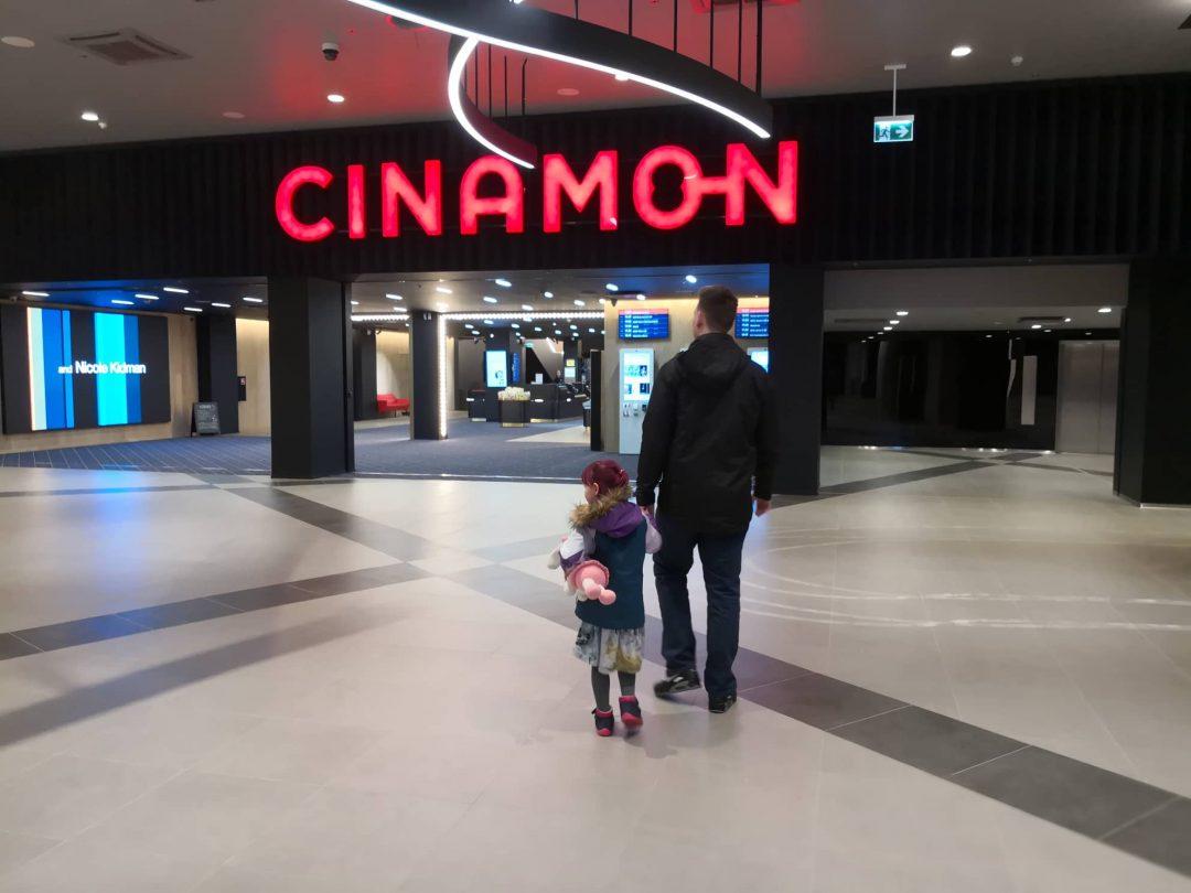 8eb8785dc9e Ma tegelikult tahtsin pealkirjaks panna lastega, aga kuna ma ei kujuta  ette, millal ma saaksin kahe lapsega kinno filmi vaatama minna, siis jääme  praegu ühe ...